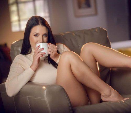 آنجلا وایت _ بازیگر و کارگردان پورنوگرافی اهل استرالیا
