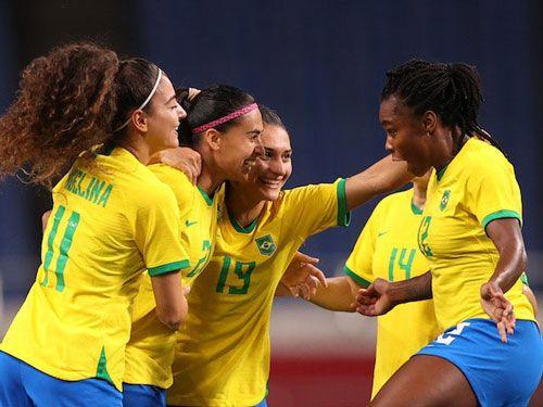 فرم پیش بینی بازی زنان کانادا در برابر زنان برزیل